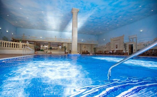 One Night Spa Break with Treatment and Dinner for Two at Whittlebury Hall Driving Experience 3