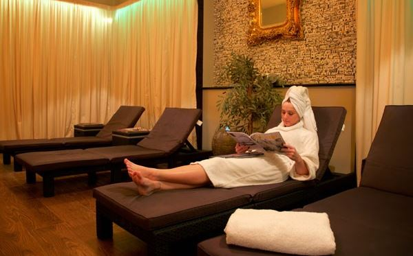 2 for 1 Spa Retreat with Afternoon Tea for Two spadays main 1